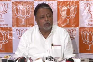 Khabar East:107-MLAs-of-Congress-CPM-TMC-ready-to-join-us-Mukul-Roy