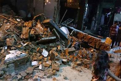 Khabar East:42-people-died-in-titli-cyclone-in-odisha