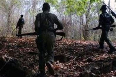 Khabar East:A-naxalite-in-search-of-encounter-with-police-search-campaign-fast
