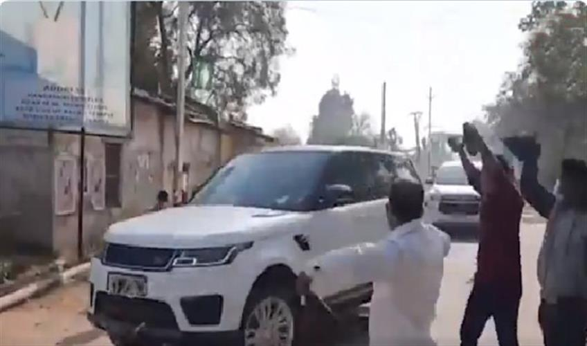 Khabar East:Ahead-of-CM-visit-Ministers-showed-black-flags-in-Kalahandi