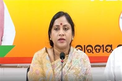 Khabar East:Ashirbad-fails-to-deliver-as-was-introduced-to-vie-with-Central-scheme-BJP