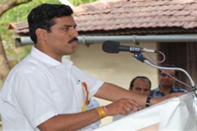 Khabar East:BJP-leader-arrested-for-tampering-sex-CD-case-in-case-of-complainant