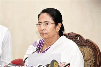 Khabar East:College-and-university-students-will-complete-the-lack-of-teachers-in-schools-Mamta-Banerjee