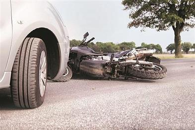 Khabar East:Dumper-hits-bike-in-Jajpur-couple-dies-daughter-critical