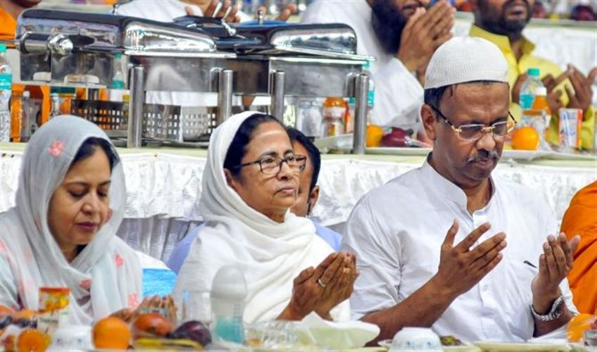 Khabar East:ED-sent-notice-to-Mamta-government-minister-Firhad-Hakims-daughter