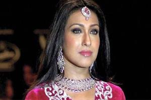 Khabar East:Eddies-summon-to-actress-Rituparna-Sengupta-in-Rose-Valley-Chitfund-scam