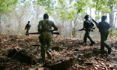 Khabar East:Five-lakhs-of-naxalites-killed-in-security-forces-encounter