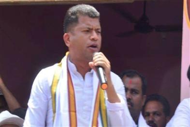 Khabar East:Former-MP-Pradeep-Majhi-Resigns-From-Congress