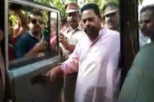 Khabar East:Former-minister-and-BJD-legislator-Pradeep-Maharathi-arrested-attacked-on-electoral-flying-squad