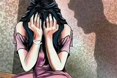 Khabar East:Gangrape-in-the-forest-with-minor-girl-going-to-Jalabhishek