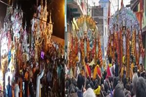 Khabar East:Immersion-of-Goddess-idols-after-worship-and-worship-with-devotion