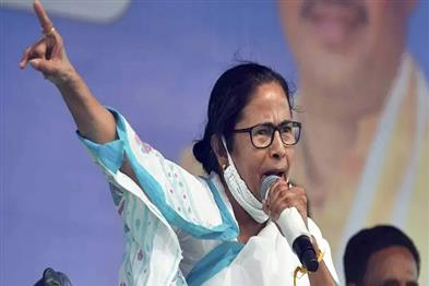 Khabar East:Mamta-who-was-angry-at-the-Election-Commission-said--Name-should-be-changed-to-Modi-Code-of-Conduct