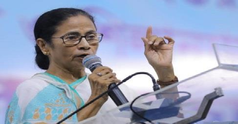 Khabar East:Mamta-Banerjee-calls-demonetisation-a-disaster-says--it-ruined-the-countrys-economy