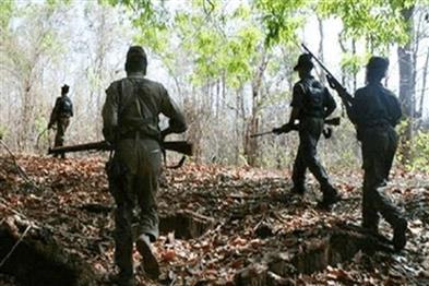 Khabar East:Maoist-gangster-rewarded-one-lakh-in-police-encounter