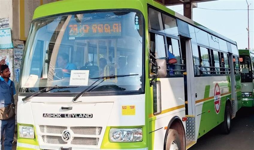 Khabar East:Mo-Bus-services-resume-in-8-routes