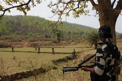 Khabar East:Naxal-attack-in-Jharkhand-three-policemen-injured