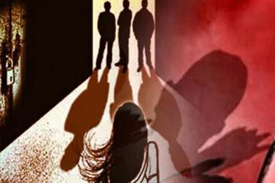 Khabar East:Nirbhaya-returns-in-Bengal-Woman-suffering-from-gangrape