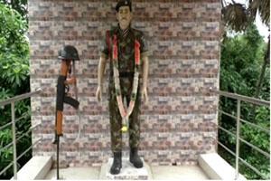 Khabar East:Odishas-Kargil-war-hero-ignored-tribute-paid-by-villagers