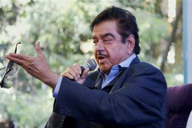 Khabar East:Party-has-not-given-due-respect-will-be-part-of-TMC-Brigade-meeting-Shatrughan-Sinha