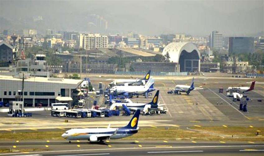 Khabar East:Passengers-erupted-due-to-cancellation-of-three-flights-protest-at-airport