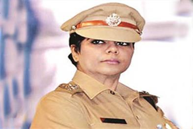 Khabar East:Pre-IPS-officer-Bharti-Ghosh-gets-custody-of-all-cases
