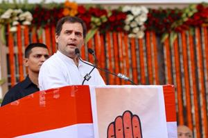 Khabar East:Rahul-made-a-sharp-target-on-PM-Modi-said---Raphael-was-expensive-by-magic