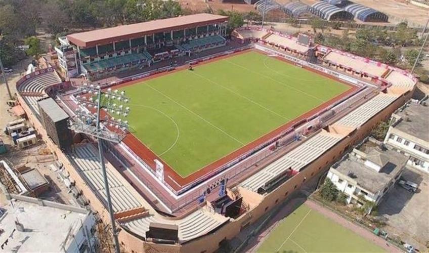 Khabar East:Simdega-SP-took-stock-of-the-security-arrangements-at-Astroturf-Stadium