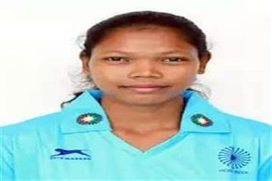 Khabar East:Slima-tete-becomes-junior-woman-Hockey-captain