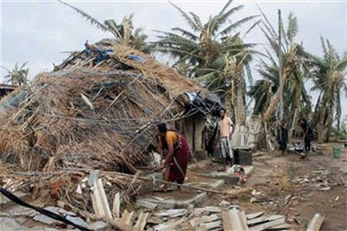 Khabar East:States-Zero-Casualty-policy-fails-52-deaths-loss-of-2200-crore