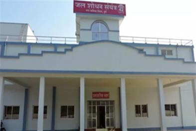 Khabar East:The-leak-of-chlorine-gas-in-the-municipal-filter-plant-the-situation-of-three-employees-is-serious