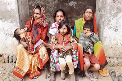 Khabar East:There-is-a-Muslim-family-in-Bihar-who-has-been-doing-for-eight-years-worshiping-Chhaya-Mayya
