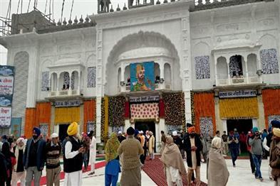 Khabar East:Today-is-the-last-day-of-Prakash-Utsav-at-Takht-Harmandir-Sahib-Gurudwara-Sahab-Patna-City