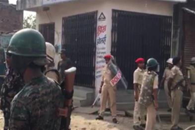 Khabar East:Two-factions-clash-in-Sitamarhi-shut-down-internet-service