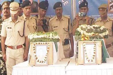 Khabar East:Two-martyrs-of-Odiya-jawans-deliver-their-body-to-Odisha