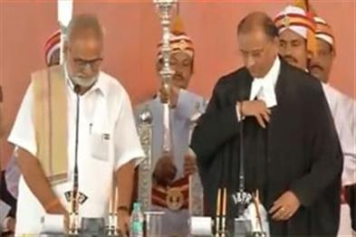 Khabar East:justice-kalpesh-Javeri-taking-oath-for-the-Chief-justice-of-Odisha-High-Court